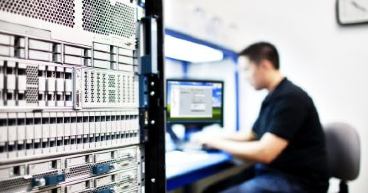 CISCO AI NETWORK ANALYTICS: MAKING NETWORKS SMARTER AND SIMPLER TO MANAGE